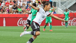 Deutschlands Celia Sasic jubelt. © Imago/foto2press