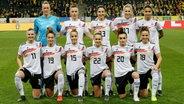 Die deutsche Frauenfußball-Nationalmannschaft © picture alliance/Pressefoto Baumann Foto: Hansjürgen Britsch