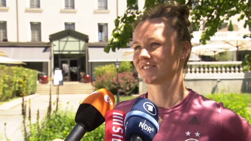 Nationalspielerin Marina Hegering