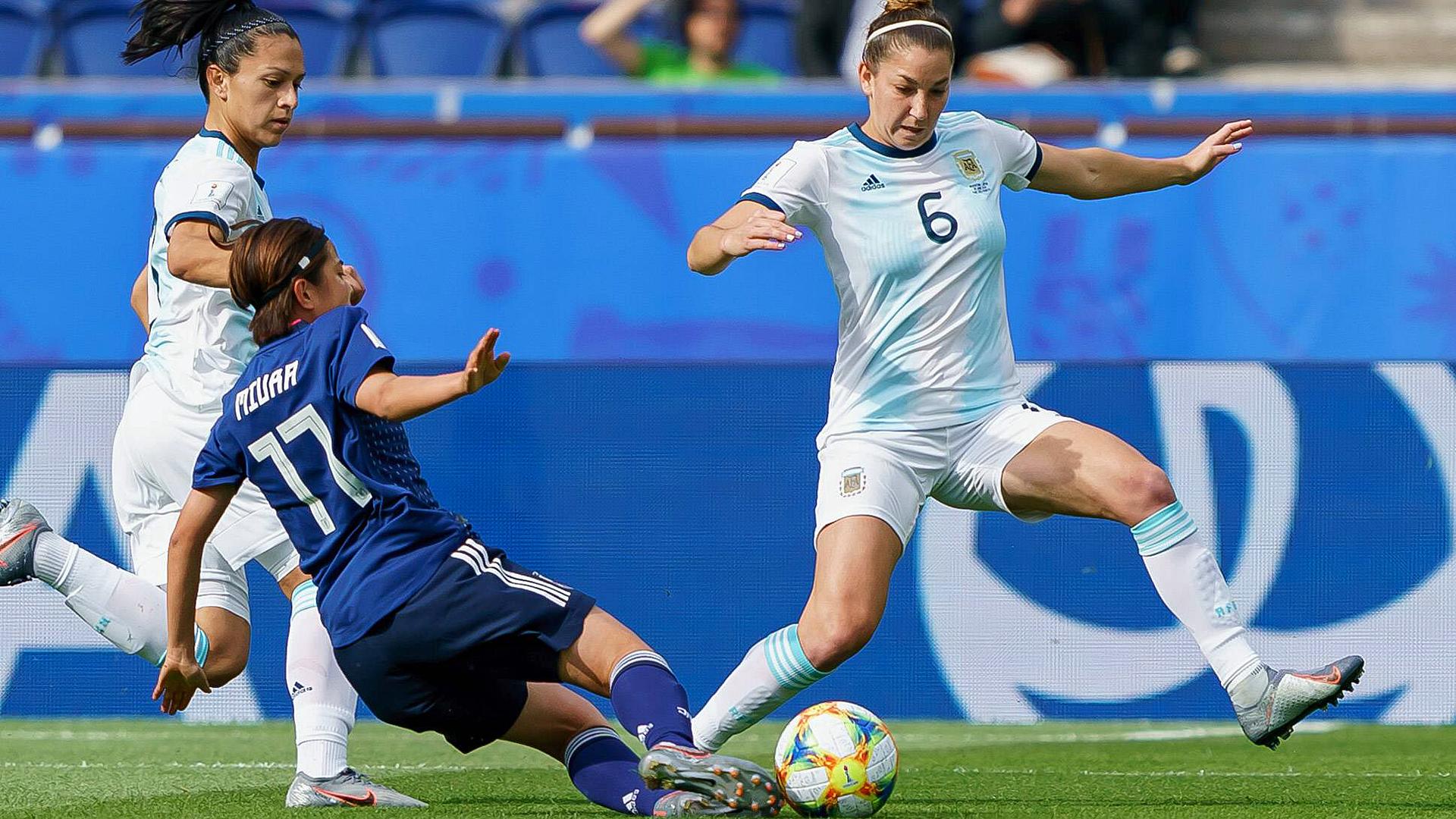 Japan Blamiert Sich Gegen Argentinien Sportschau