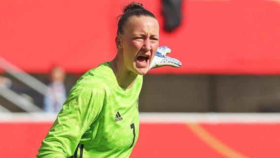 Die deutsche Fußball-Nationaltorhüterin Almuth Schult © imago images / Hübner